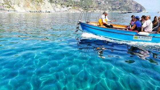 """Ischia, l'isola diventa """"plastic free"""""""