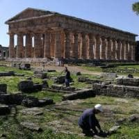 Nuovi scavi a Paestum: si indaga l'edificio di fronte al Tempio di Nettuno