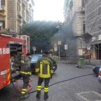 Chiaia, a fuoco cavi elettrici: black out nel quartiere