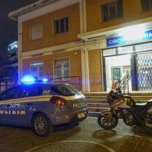 """Napoli, la ragazza stuprata nella Circum sconvolta per la scarcerazione dell'aggressore: """"Vado via"""""""