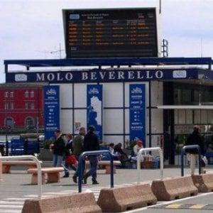 """Turismo, la denuncia di Federalberghi Capri: """"Troppo degrado al molo Beverello"""""""