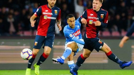 Serie A, il Genoa in 10 strappa un punto a Napoli