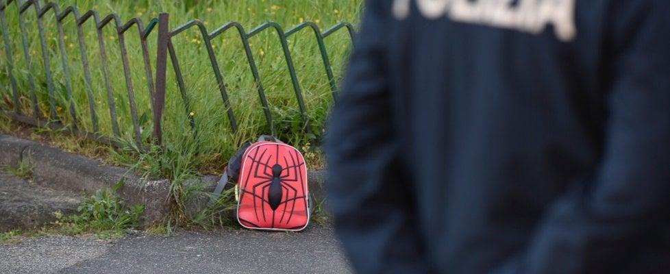 Napoli, agguato davanti a una scuola nel Rione Villa : un morto e un ferito