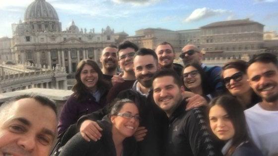 Mattarella a Napoli, visita a piedi il Rione Sanità