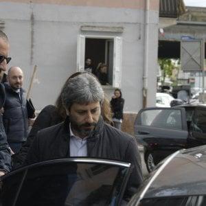 """Napoli, Fico sul caso Raggi: """"Io sono con lei e contro chi attacca i sindaci"""""""