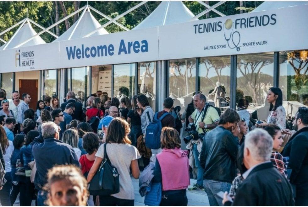 Napoli, 50mila visitatori per Tennis & Friends, vip sul lungomare per sport e solidarietà
