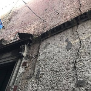 """Chiesa delle Trentatré, la denuncia: """"Crepe preoccupanti sulla facciata"""""""