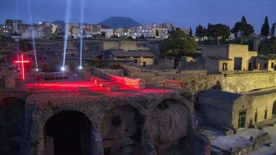 La Via Crucis entra negli scavi: Ercolano come il Colosseo