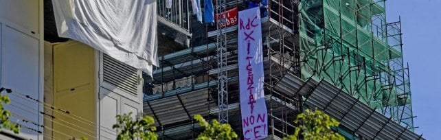 Napoli, restano sul campanile i licenziati Fca di Pomigliano