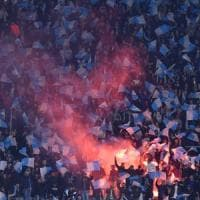 Napoli, stadio vietato al tifoso disabile in stampelle: