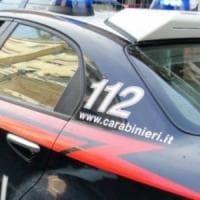 Cilento, non si fermano all'alt e finiscono in un burrone: salvati dai carabinieri