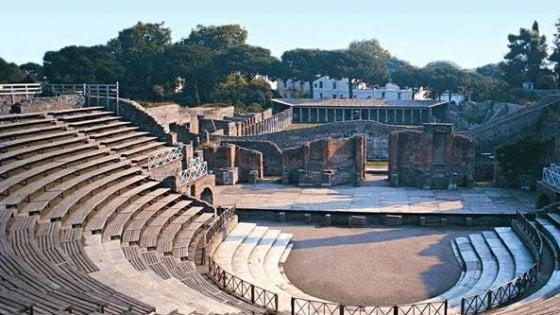 Teatro a Pompei, la Corte Conti condanna l'ex commissario a un maxi risarcimento