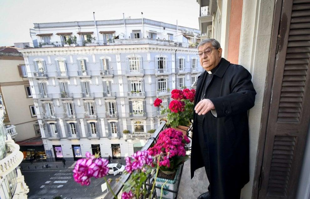 La visita del cardinale Sepe alla redazione di Repubblica Napoli