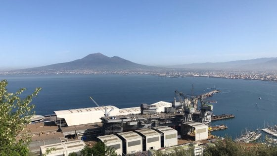 """Mattarella a Castellammare il 25 per il varo della nave """"Trieste"""""""