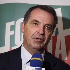 Ischia, troppi impegni: Domenico De Siano si dimette da consigliere comunale