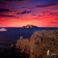 Punta Campanella, l'incanto del tramonto con vista su Capri