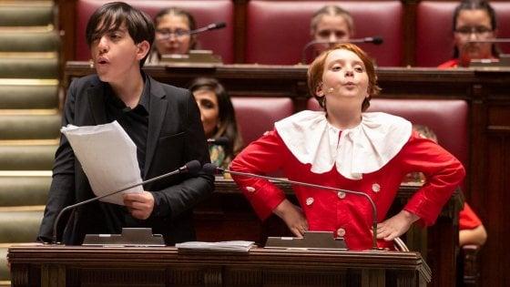 """""""Il processo a Pinocchio"""" rappresentato nell'aula di Montecitorio dai ragazzi del Casertano"""