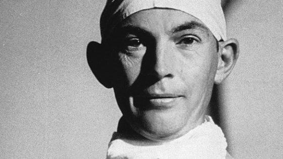 Salerno, donna operata al cuore: i medici trovano una protesi cardiaca impiantata da Christiaan Barnard
