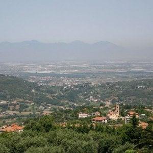 Salerno, una pistola con matricola abrasa in casa: arrestato candidato sindaco