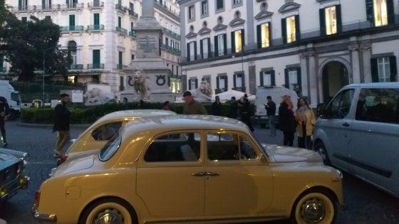 Ciak a Napoli, si gira l'Amica Geniale 2 in piazza dei Martiri