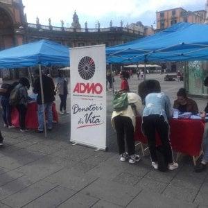 Napoli, un donatore per Gabriele: tamponi in piazza Dante