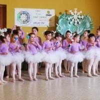 """Camerota, baby ballerine portano in scena """"Il lago dei cigni"""""""
