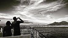 Viaggio in nave  vista Vesuvio