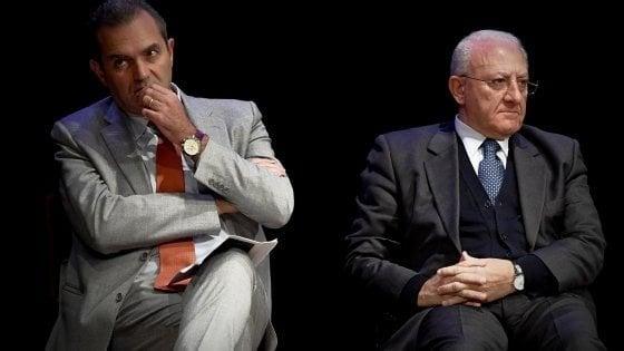 """Regionalismo, de Magistris : """"Progetto eversivo"""". De Luca: """"L'autonomia si fa a modo nostro"""""""