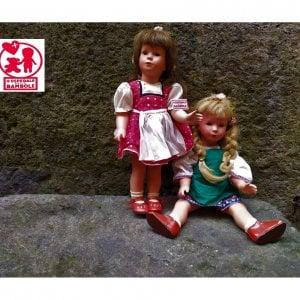 Napoli, ecco le bambole di Elena Ferrante