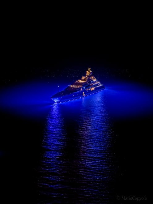 Capri, ecco il mega yacht Madame Gu: costato 150 milioni di dollari