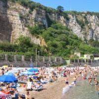 Aumentano le tariffe per il parcheggio sulle spiagge di Vico Equense: protestano