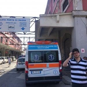 Sanità, compagnia di navigazione nega il rientro di un'ambulanza a Capri con paziente oncologico