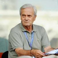 Calcio: malore per ex allenatore del Napoli Gigi Simoni, è grave