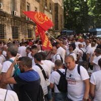 Whirlpool  Napoli, i lavoratori di nuovo in sit-in a Roma