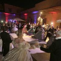 Festa e balli al Grenoble per i 100 anni a Napoli