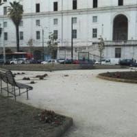 Napoli, 26enne ferito in piazza Carlo III