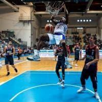 Napoli Basket, primo colpo di mercato: ecco il pivot Brandon Sherrod