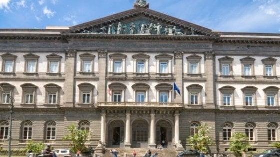 Napoli, incarichi extra ai docenti universitari, danno da 2 milioni