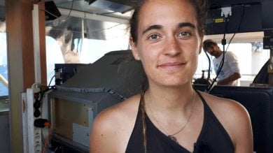 "Migranti, Napoli premia Carola Rackete: ""Difende i diritti civili"""