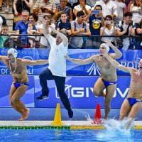 Universiade Napoli, pallanuoto: l'Italia vince l'oro. il film della partita