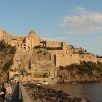 Napoli, bancarotta e corruzione: sequestrata porzione del Castello Aragonese di Ischia