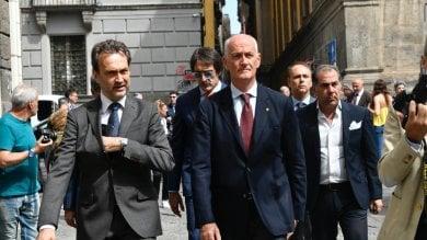 """Polizia, Gabrielli a Napoli per il Premio Ammaturo: """"Bisogna scegliere    da che parte stare""""  Foto     Video omaggio al poliziotto ucciso"""