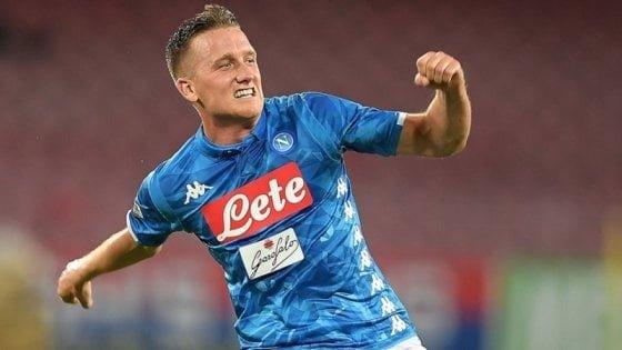 """Napoli, Zielinski punta in alto: """"Vogliamo lo scudetto. James? E' un campione, sarebbe bello averlo in maglia azzurra"""
