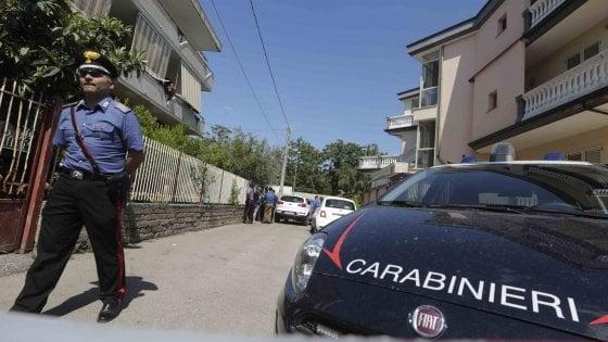 Napoli, rinviato l'interrogatorio del 35enne che ha lanciato la figlia di 16 mesi dal balcone