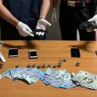 Napoli, colpo in tabaccheria con sfollagente: arrestata baby gang