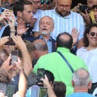 "De Laurentiis ai tifosi: ""Pazienza, per vincere serve la testa"""