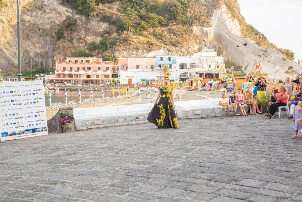 Ischia, a Sant'Angelo è di nuovo Dolce Vita con il Fashion Weekend