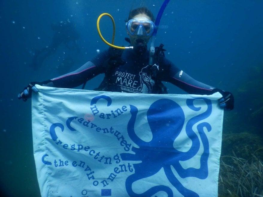 Ischia, vince l'ambiente: dopo la Festa di Sant'Anna meno rifiuti e più volontari