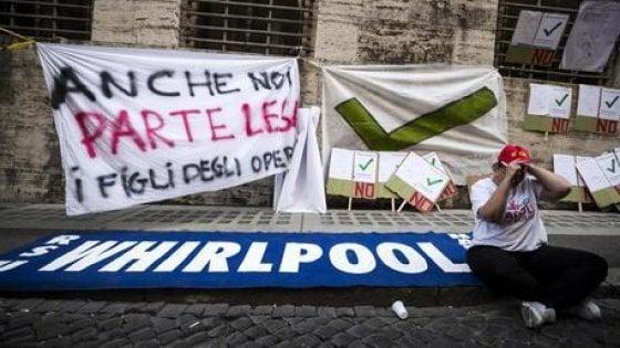Pronto il decreto sulla  crisi delle imprese, c'è anche la norma per la  Whirlpool