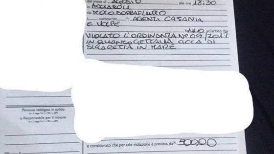 Getta in mare una cicca di sigaretta, multa da 500 euro ad un marinaio